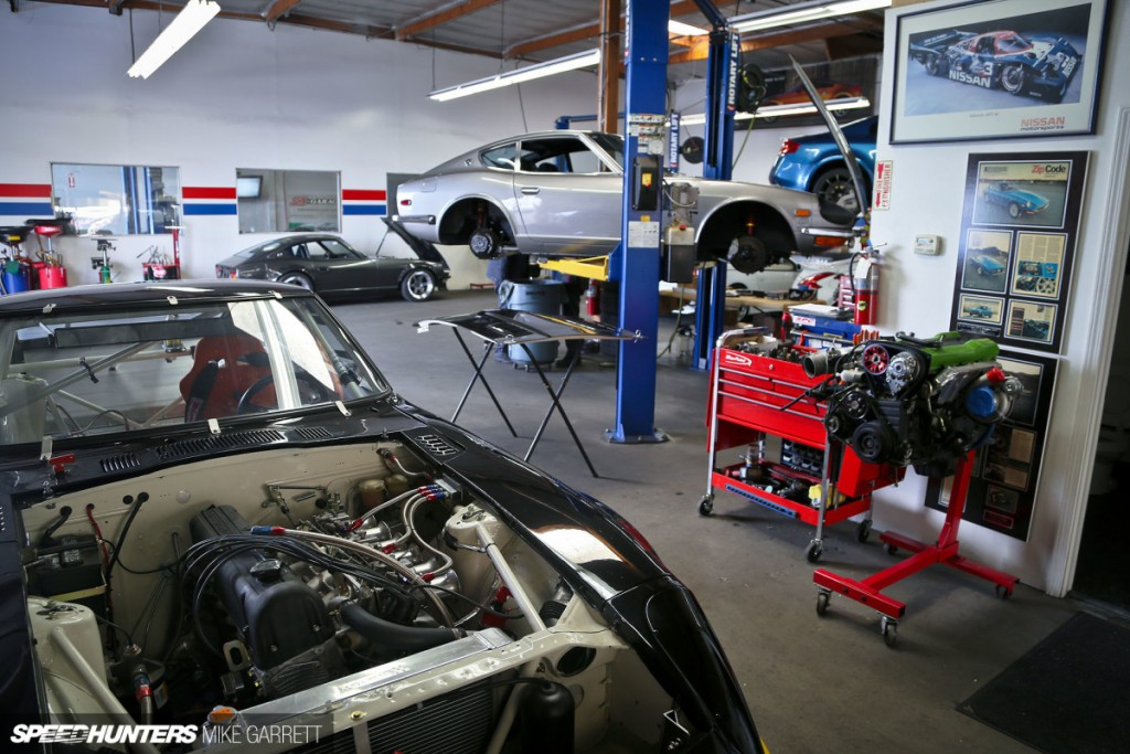Z-Car-Garage-59-copy-1200x800